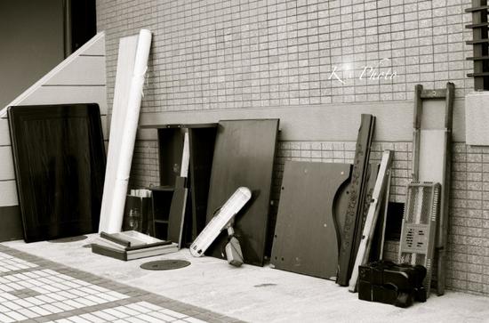 解体した家具たち.jpg