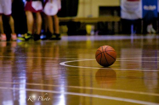 b.ball.jpg